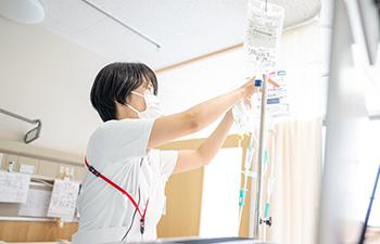 病室への案内